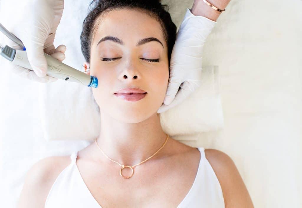 Deluxe Hydrafacial Treatment